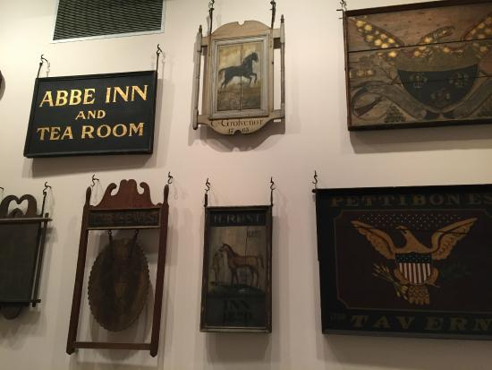 Connecticut Historical Society: exhibits