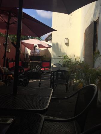 Casa Vittore Café Bistro