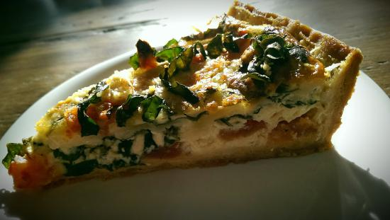 Moveable Feast Geneva : Tomato Basil Quiche