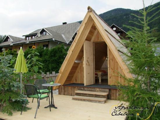 Garden ECO house LIPA - outside - Picture of Apartmaji Cebelica ...