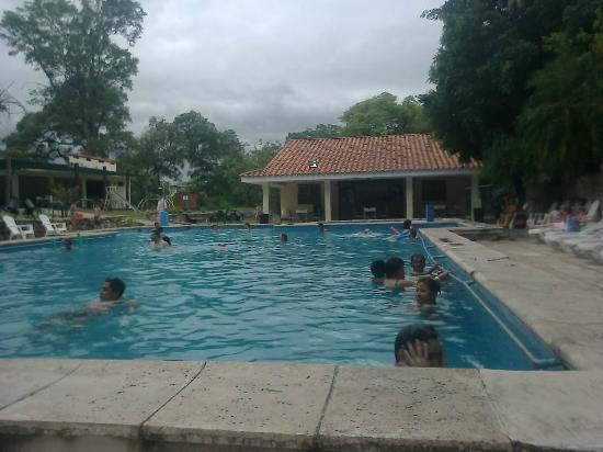 Hotel Termas de Rosario de la Frontera: Piscina