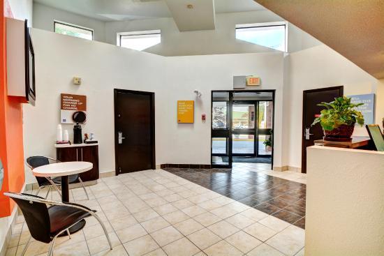Motel  Newport Rhode Island Review