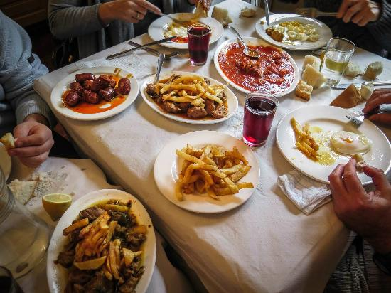 Foto de casa pepa m laga comida abundante y sin - Banos de carratraca ...
