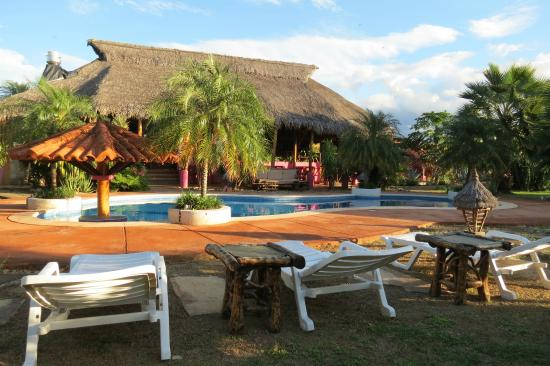 Buena Onda Beach Resort: A rare glance at the pool with no one around
