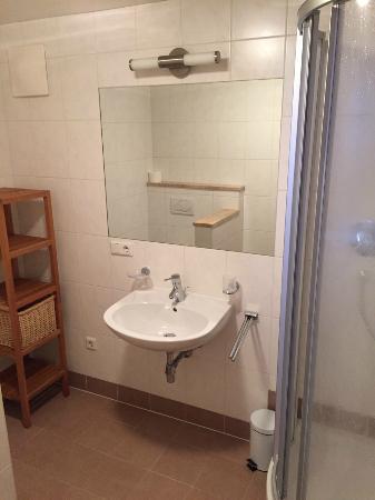 Bergview Haus: Badkamer