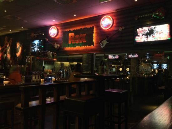 Rox Bar & Grill: Rox