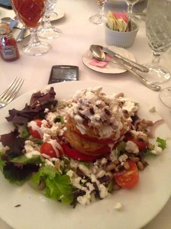Classic on Noble : Best tomato salad