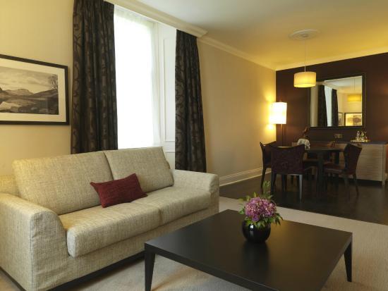 Doubletree by Hilton, Dunblane-Hydro: Superior Suite/Penthouse Lounge Area