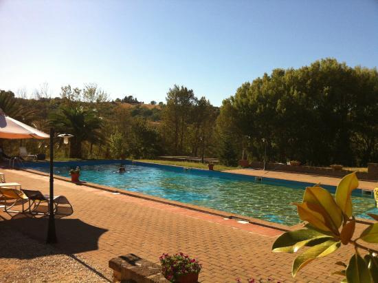 Borgo Saint George: Piscine