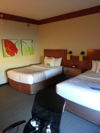 La Quinta Inn & Suites Alexandria Airport: 109