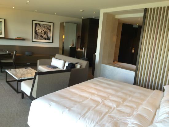 The huge California king size bed   Picture of Park Hyatt Sydney
