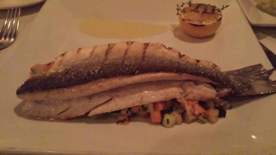 Cafe Sapori : seabass w? fresh diced veggies