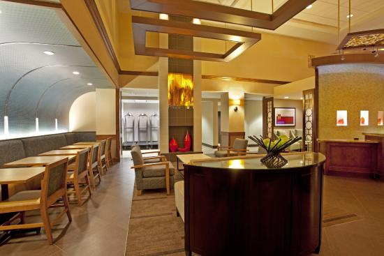 Hyatt Place Dallas/Arlington: Hyatt Place Gallery/Lobby2