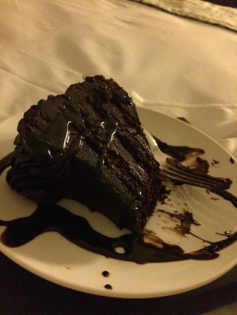 The Tower at Turning Stone Resort : Massive chocolate cake - room service