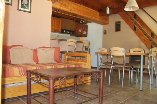 Bungalows Unsur: bungalow Moreno: living comedor
