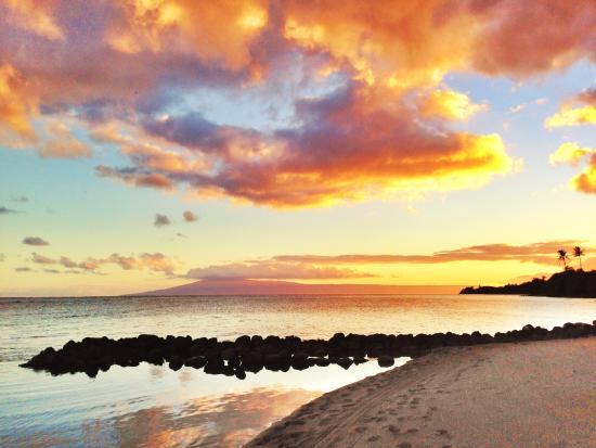 Kaunakakai, Havaí: Envy sunsets are the norm...