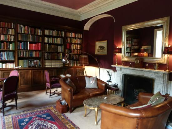 Eshott Hall: Library