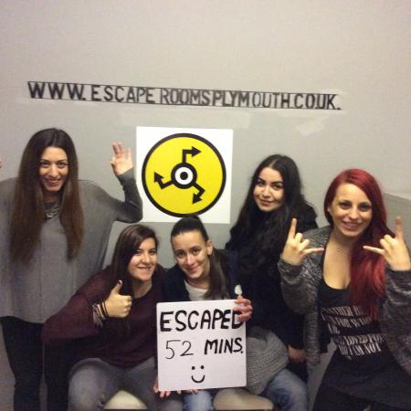 Live Escape Rooms