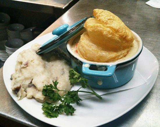 Chicken Pot Pie Picture Of Covered Bridge Farm Table Campton - Covered bridge farm table