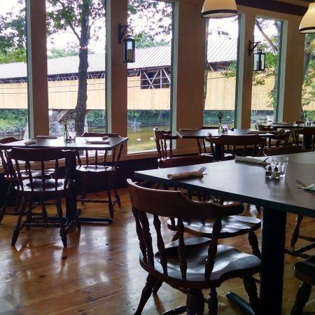 Covered Bridge Farm Table: Porch view