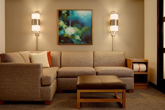 Hyatt Place Cozy Corner With Sofa Sleeper - Picture of Hyatt Place ...