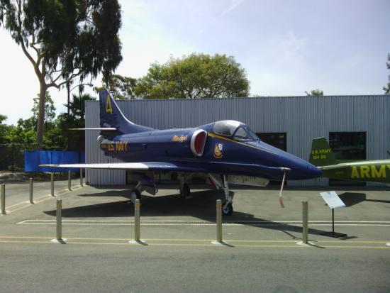 Museum of Flying: A4 Skyhawk