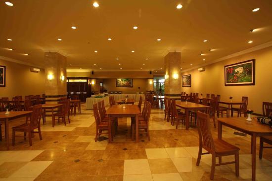Restaurant Picture Of Bali World Hotel Bandung Tripadvisor