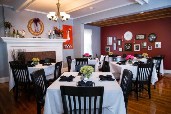 Broadway House Bistro