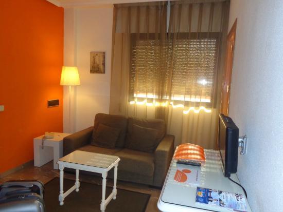 Aparthotel G3 Galeon: Sala de estar