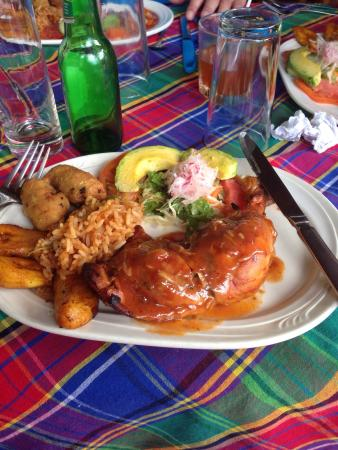 Papillote Tropical Gardens : The chicken lunch
