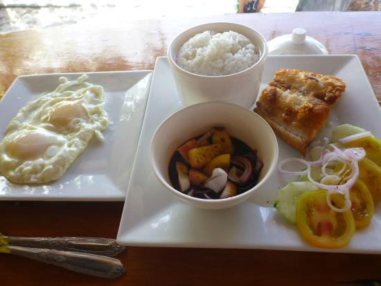 Magellan's: Fish and egg breakfast