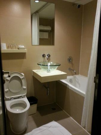 Residence Rajtaevee: Bathroom is clean but shower head was leaking.