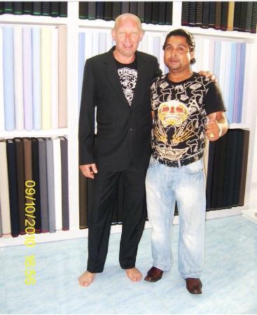 Bophut, Tailandia: Suit