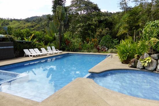 Mindo Real : La piscine