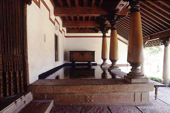 Chettinad house at dakshinachitra picture of for Chettinad house architecture design