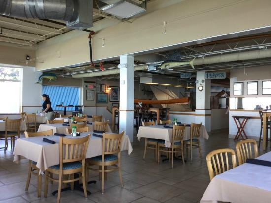 Dry Dock Waterfront Grill : New upper floor dining room on third level of building