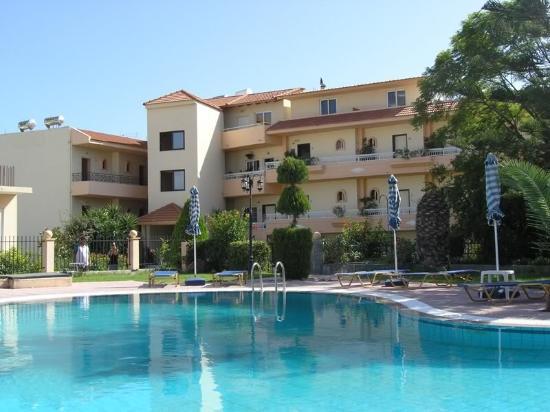 Lyristis Studios & Apartments: Hotel