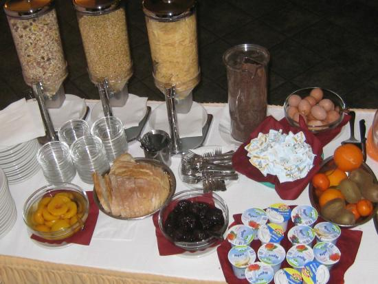 Villa Plinia: bouffet colazioni
