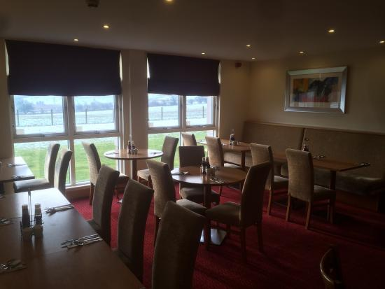 Premier Inn Livingston (Bathgate) Hotel: Breakfast area