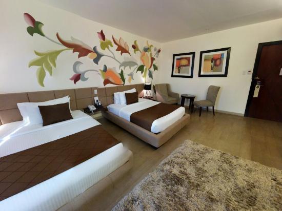 Segara Suites: The room