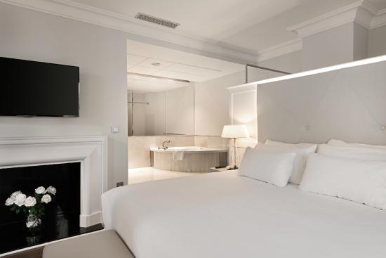 Junior suite - Picture of NH Collection Gran Hotel de Zaragoza ...