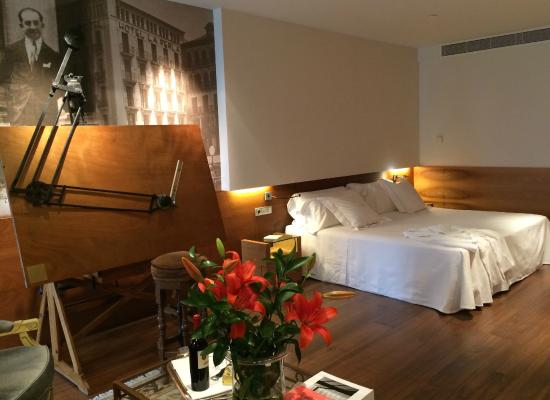 Gran Hotel La Perla: HABITACION