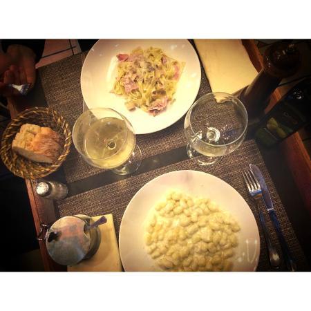 L'Archetto di Cavour: pasta , gnochettis