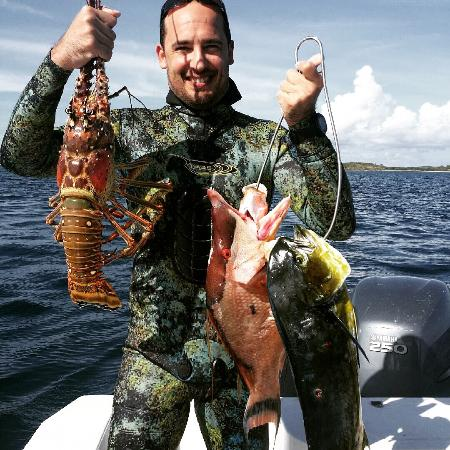 Amazing spearing thanks to roberto picture of puerto for Puerto rico fishing