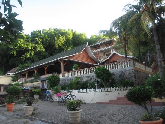 Hotel L'Ocean: Hotel front