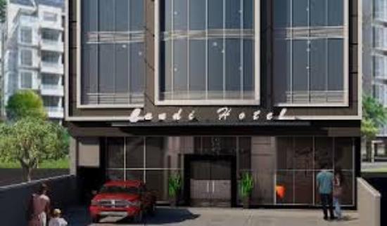 Candi Hotel