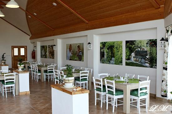 Nova Ves, República Checa: Restaurace Halfway