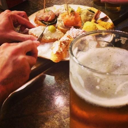 Bar Erzo: Sortido de pinchos