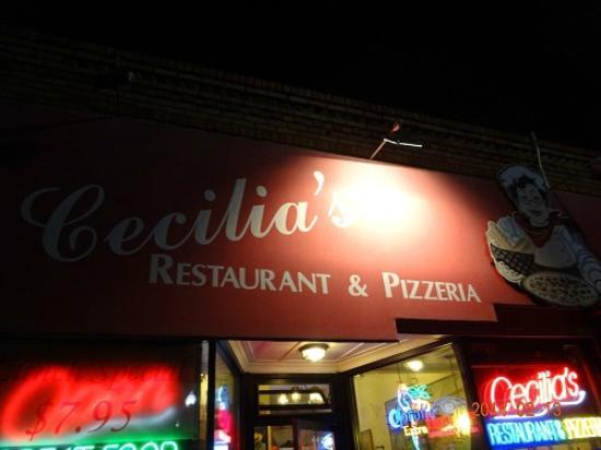 Cecilia's Pizza & Italian: レストラン名