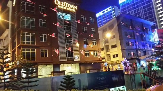 I City Hotel